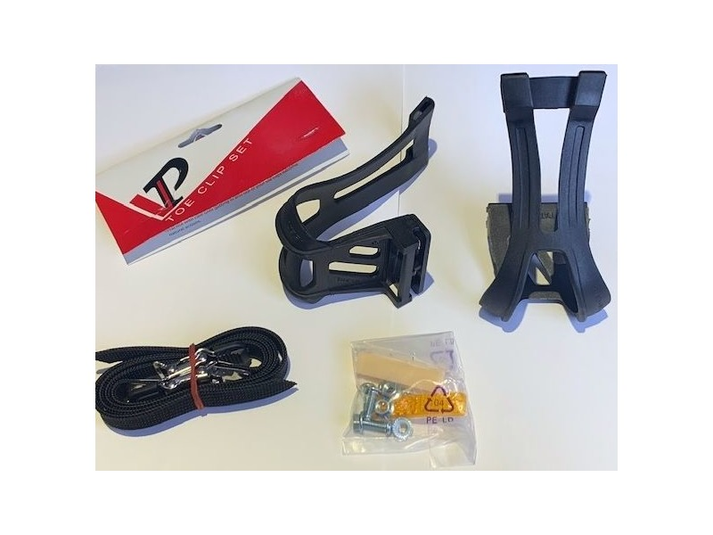 VP COMPONENTS TOE CLIPS NYLON BLK W/REFLECTORS & STRAPS LARGE click to zoom image