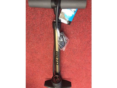BETO Track Pump Alloy Barrel With Guage